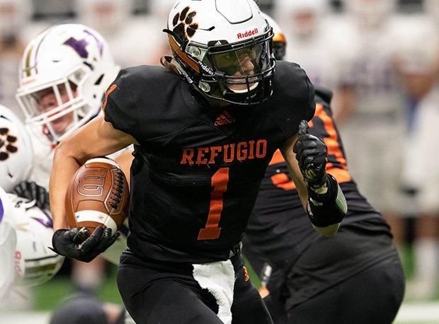 Refugio running back Jordan Kelley was all-state last season.