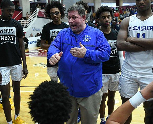 Head Coach Mike Thompson