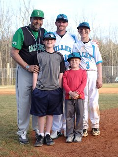 From left to right: Front, Jeremy Wagnerand Kason Wagner. Back, Lou Peeryof Tazewell (Va.), Billy Wagner andWill Wagner.