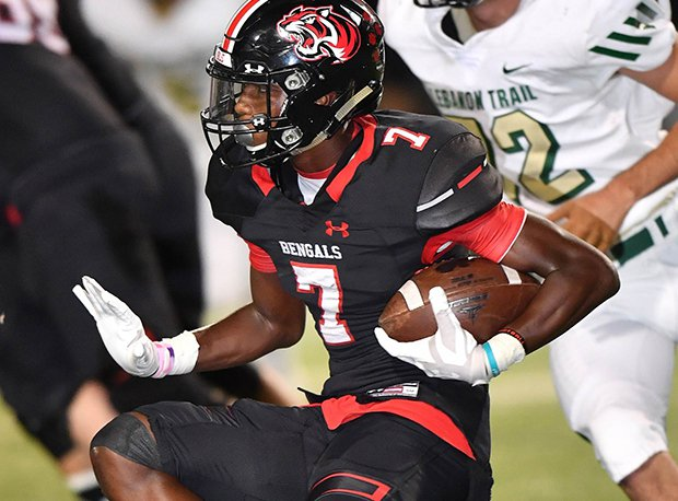 Braswell receiver Cam Smith holds 14 offers.