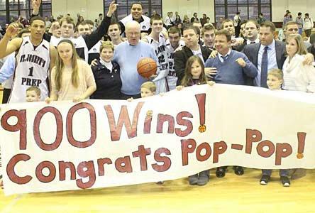 The community celebrates his 900th win.