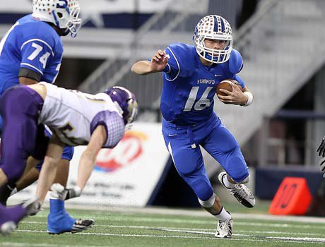 Stamford quarterback Hagen Hutchinson threw for two touchdowns and ran for two more in his team's title-game victory on Thursday at Cowboys Stadium.