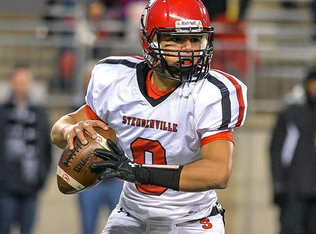 Steubenville and senior quarterback Javon Davis are appearing in their third straight state final.
