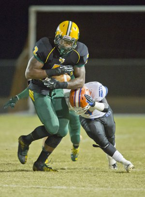 Derrick Henry rushed for at least 100 yards in everyhigh school game he ever played.