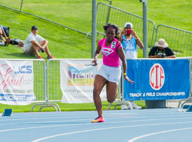 The Serra 4x100 team qualified won its heat and qualified second at 46.02 seconds.