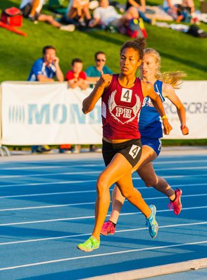 Piedmont Hills (San Jose) senior Bianca Bryant qualified seventh in the 800 at 2:08.72.