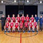 Dunwoody Wildcats Boys Varsity Basketball Winter 16-17 team photo.