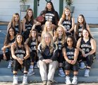 Meridian Yellowjackets Girls Varsity Basketball Winter 18-19 team photo.