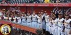 Nogales Apaches Boys Varsity Baseball Spring 17-18 team photo.