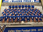 Valley View Blazers Boys Varsity Football Fall 18-19 team photo.