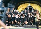 Gatesville Hornets Boys Varsity Football Fall 16-17 team photo.