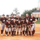 Lee Ganders Girls Varsity Softball Spring 18-19 team photo.