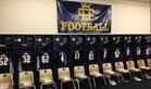 Detroit Country Day Yellowjackets Boys Varsity Football Fall 17-18 team photo.
